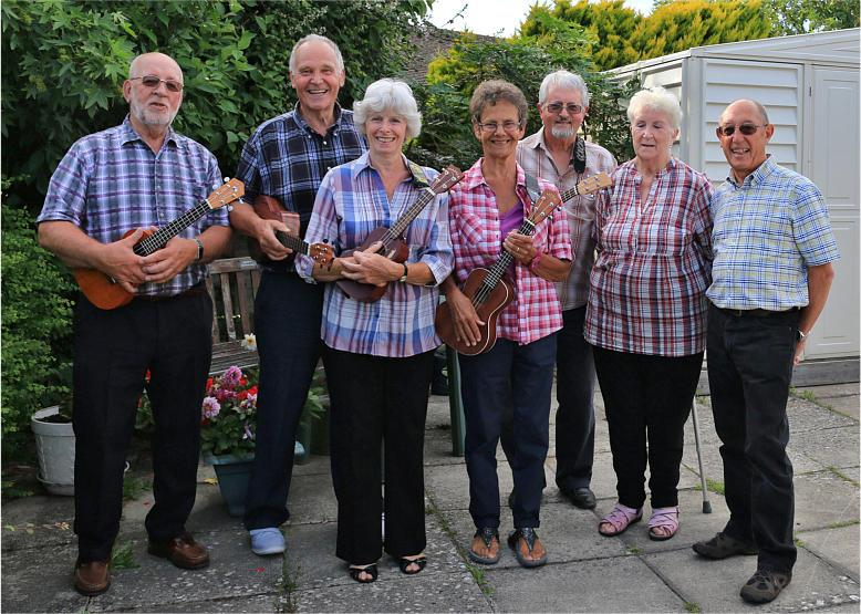 The Hayling Huggers ukulele group had a great time playing for The Rowans Fashion show fundraiser held on October 3rd at the URC halls on Hayling Island. As well as plenty of audience participation we collected nearly £58 for Naomi House Hospice. The fashion show was very successful and we would like to thank the Rowans volunteers for making us so welcome.